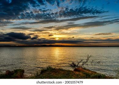 A cloudy Sunset at Thunderbird lake.