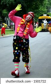 clown in pink