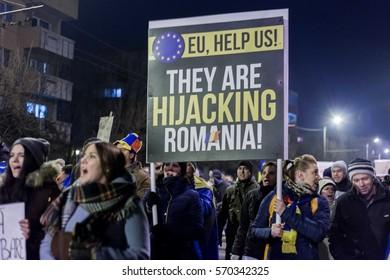 CLUJ, ROMANIA - FEBRUARY 2: Protests in Cluj Napoca, Romania. Government plans to pardon prisoners. On Feb 2, 2017 in Cluj, Romania.