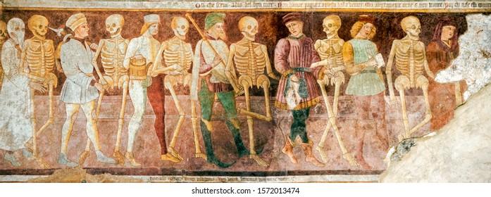 Clusone (Bergamo, Lombardy, Italy) - Oratorio dei Disciplini (14th century), detail of the ancient fresco of the Danza Macabra (Dance of the Death) and Trionfo della Morte (Triumph of the Death)