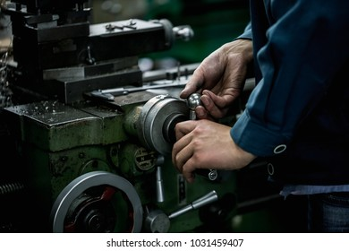 cnc machine tools precision machinery and equipment manufacturing manual automatic processing equipment