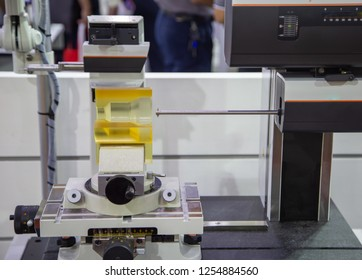 CNC Surface Roughness Measuring Instrument for both axes