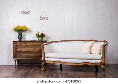 Coach and dresser in home inrerrior