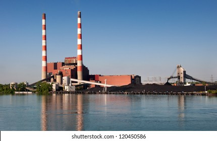 Coal fired power plant on Detroit River
