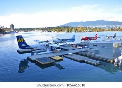 Coal Harbour Vancouver, British Columbia / Canada:  October 14 2017:  Seaplanes at Coal Harbour Vancouver