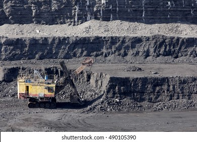 coal mining in the open air
