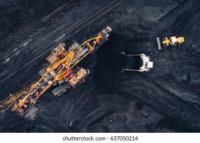 Coal mining at an open pit
