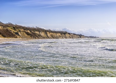 Coast at Ahrenshoop on the Baltic Sea in strong winds in the evening, Germany