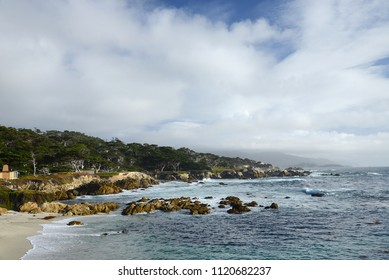 a coast view at 17 mile drive
