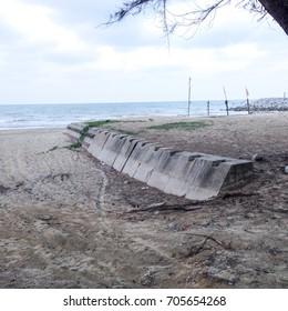 Coastal protection ; Labuan block and groyne