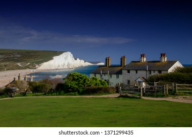 Coastguard Cottages with chalk cliffs