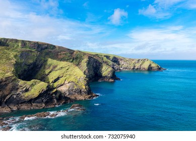 The coastline of North Cornwall is a mix of rolling hills and stunning cliffs leading to beautiful sandy beaches.