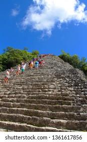coba, mexique-10/05/2016-visit of the pyramid of Cobá