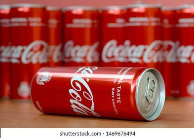 2017 Turkey Coca Cola Empty Aluminium New Year Bottle Set Original Zero Light