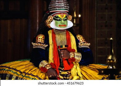 COCHIN, INDIA - NOVEMBER 23, 2015: The unidentified kathakali performer during the traditional kathakali dance of Kerala's state in India.