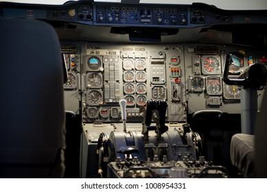 Cockpit airplane instruments