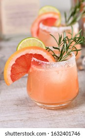 Cocktail fresh lime and rosemary combined with fresh grapefruit juice and tequila. A festive drink is ideal for brunch, parties and holidays.