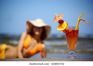 A cocktail on the sea