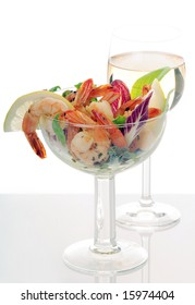 cocktail of shrimp and white wine