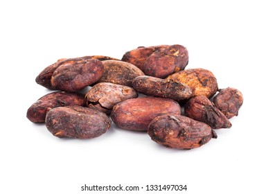 cocoa beans isolated on white backgroubd
