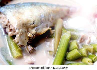 Coconut curry of steamed mackerals and lotus stems, famous Thai