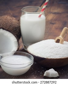 coconut oil, grounded coconut flakes and coconut milk