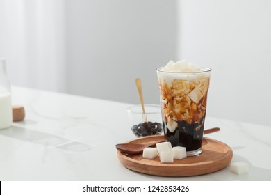 Coconut pearl milk tea