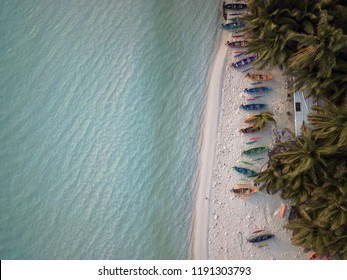 Cocos and Keeling Islands Last Paradise Canoes 2