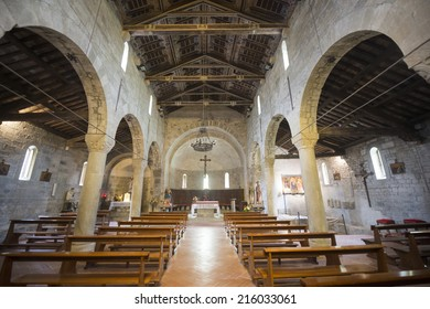 CODIPONTE, ITALY - JULY 4, 2014: old village in Lunigiana: the medieval church of Saints Cornelio and Cipriano, built in 12th century, interior