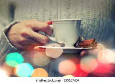 coffe cup hand