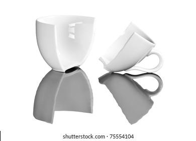 coffee break , broken coffee cups