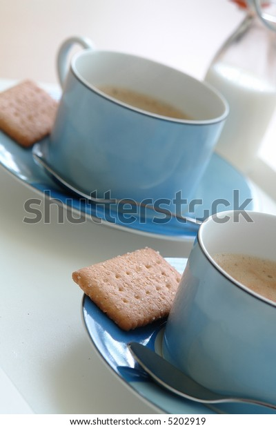 Coffee break for two with delicious cookies