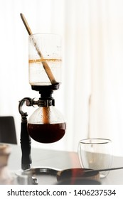 coffee brewed by siphon coffee maker.