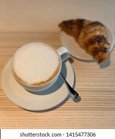 Coffee, cappuchino, croissant, breakfast, cup, food and beverage