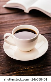 Coffee cup on wooden background - Vintage effect style pictures