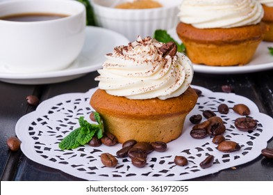 coffee cupcakes with butter cream
