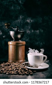 Coffee grinder mill with coffee cup