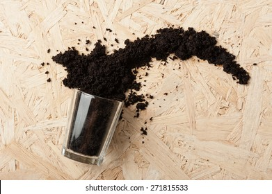 coffee ground splash out of the glass