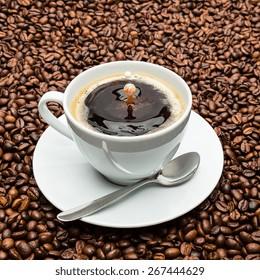 Coffee and Milk Liquid Art