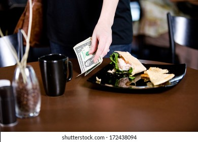 Coffee Shop: Leaving Gratuity For Server