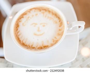 Coffee time, on latte art.
