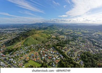Coffs Harbour looking south-west over the hills