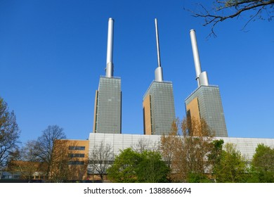 The cogeneration plant fueled by natural gas Linden is a thermal power station in the suburb of Linden in Hanover-Nord, Germany. It has three generating unit.