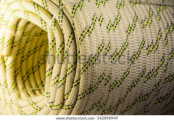 Coiled striped rope for the sport climbing