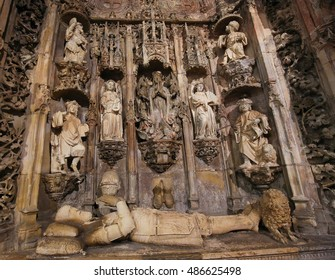 COIMBRA, PORTUGAL - AUGUST 1, 2016: Tomb of Afonso Henriques (1109 - 1185), first King of Portugal, in the Santa Cruz Monastery in Coimbra.