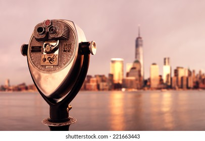 Coin operated binoculars with Lower Manhattan, Jan 24, 2014