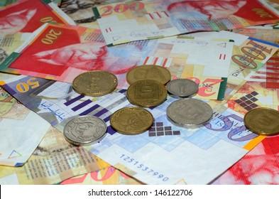 Coins and bills 50, 100, 200 shekel