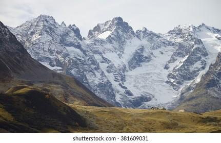 Col du Lautaret (2057 m ), and the mountains of the Massif des Écrins ( La Meije, Pic Gaspard)
