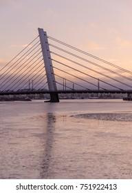 Cold Bridges