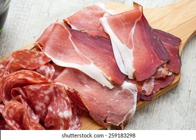 cold cuts with bread